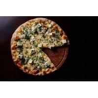 Пицца С сыром Фета,салями и зеленью