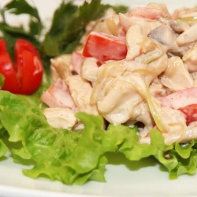 Тёплый салат Тревизо